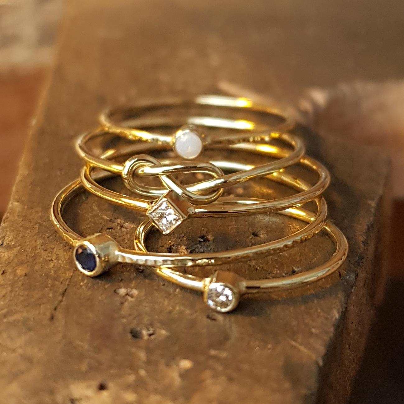ring met vierkante diamant